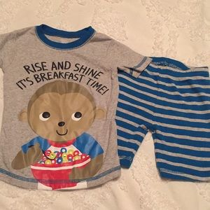 Like new monkey pajamas by Carters size 3t